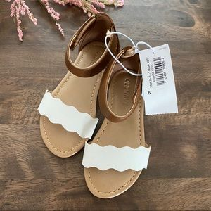 *NWT* OLD NAVY - Toddler Girl Sandals SIZE: 6